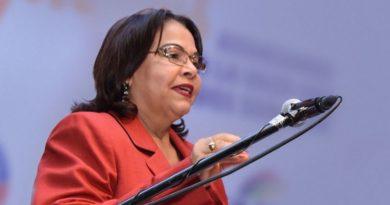 Rectora Emma Polanco llama a universitarios a construir juntos un mejor porvenir para la UASD
