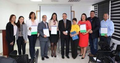 MAP aprueba Cartas Compromiso al Ciudadano de cinco hospitales del Cibao