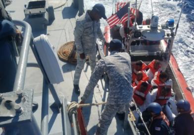 Interceptan embarcación ilegal con 22 personas a bordo rumbo a PR