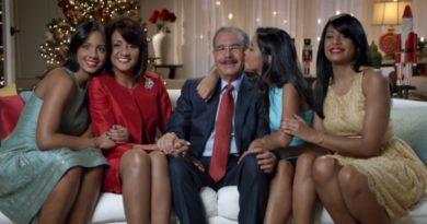 Presidente Danilo Medina se une a fidelidad de feligreses conservan centenaria tradición conmemoración Día de la Altagracia