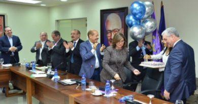 PLD celebra cumpleaños de Gonzalo Castillo
