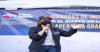 Karen Ricardo defiende gestión del Gobierno ante problema en vertedero de Duquesa