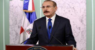 Presidente Danilo Medina crea Comisión de Transición Gubernamental, mediante decreto 238-20