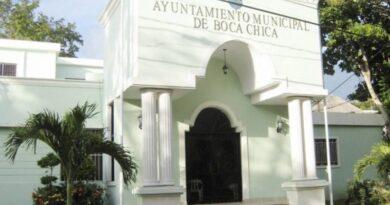 Alcaldía de Boca Chica y autoridades reforzaran las medidas de prevención contra el COVID-19.