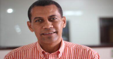 Gómez Mazara cuestiona publicidad estatal se utilice para financiar programas y periódicos digitales que critican gestión del presidente Abinader