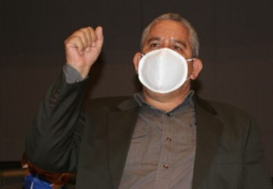 Regidor Winston Báez  revela Danilo Medina pagaba basura de Santo Domingo Este a empresas deficientes